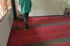 cuci-karpet-masjid-al-hidayah-11