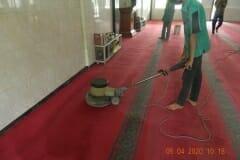 cuci-karpet-masjid-al-hidayah-16