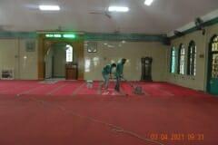 cuci-karpet-masjid-jami-al-istiqomah-april-2021-01