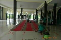 cuci-karpet-masjid-jami-al-istiqomah-april-2021-30