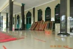 cuci-karpet-masjid-jami-al-istiqomah-april-2021-37