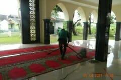 cuci-karpet-masjid-jami-al-istiqomah-april-2021-38