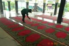 cuci-karpet-masjid-jami-al-istiqomah-april-2021-42