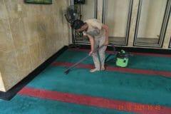 cuci-karpet-masjid-jami-darul-hikmah-06