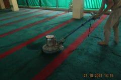 cuci-karpet-masjid-jami-darul-hikmah-15