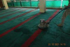 cuci-karpet-masjid-jami-darul-hikmah-16
