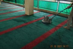 cuci-karpet-masjid-jami-darul-hikmah-18