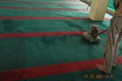 cuci-karpet-masjid-jami-darul-hikmah-23