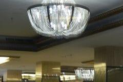 cuci-lampu-kristal-gedung-graha-dirgantara-halim-50
