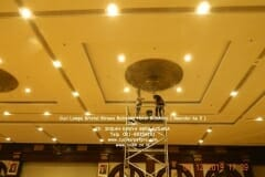 cuci-lampu-kristal-hotel-bidakara-24