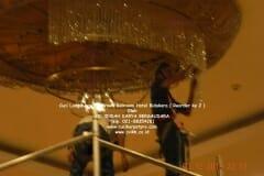 cuci-lampu-kristal-hotel-bidakara-52