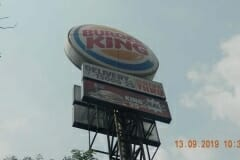 jasa-rope-access-cuci-pole-sign-burger-king-02