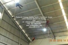jasa-rope-access-pembersih-sawang-sawang-pabrik-28