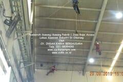 jasa-rope-access-pembersih-sawang-sawang-pabrik-33
