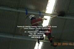 jasa-rope-access-pembersih-sawang-sawang-pabrik-40