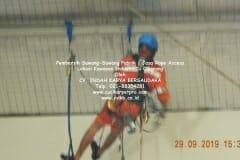 jasa-rope-access-pembersih-sawang-sawang-pabrik-45