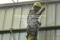 jasa-rope-access-pembersih-sawang-sawang-pabrik-60