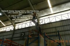 jasa-rope-access-pembersih-sawang-sawang-pabrik-65