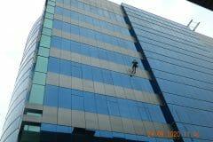 sealant-kaca-gedung-graha-kencana-09