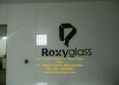 cuci-karpet-kantor-pt-roxy-prima-05