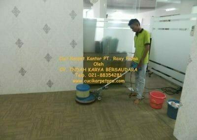 cuci-karpet-kantor-pt-roxy-prima-06