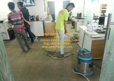 cuci-karpet-kantor-pt-roxy-prima-12