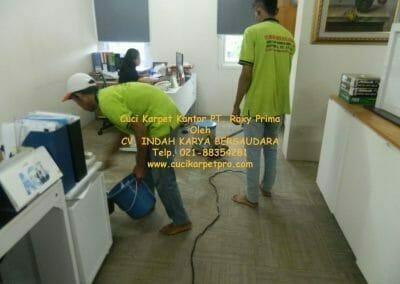cuci-karpet-kantor-pt-roxy-prima-17