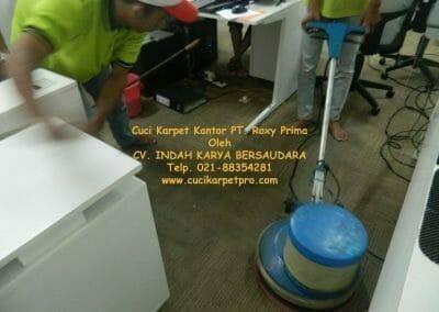 cuci-karpet-kantor-pt-roxy-prima-18