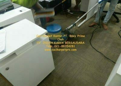 cuci-karpet-kantor-pt-roxy-prima-19