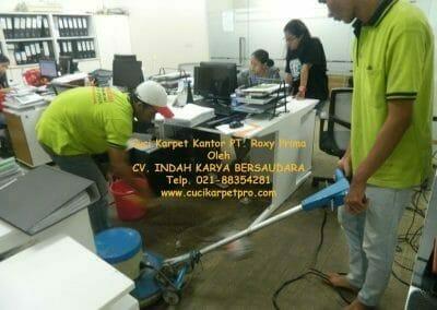 cuci-karpet-kantor-pt-roxy-prima-20