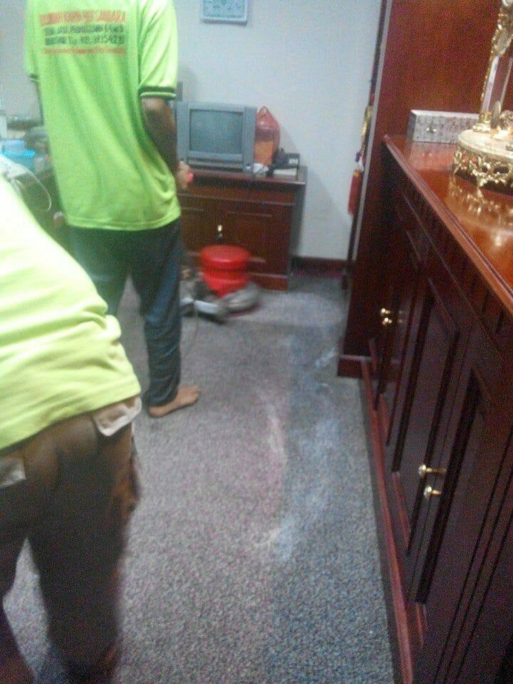 cuci-karpet-kantor_029
