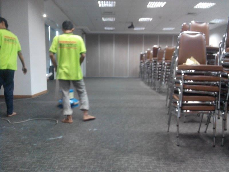 cuci-karpet-kantor_061
