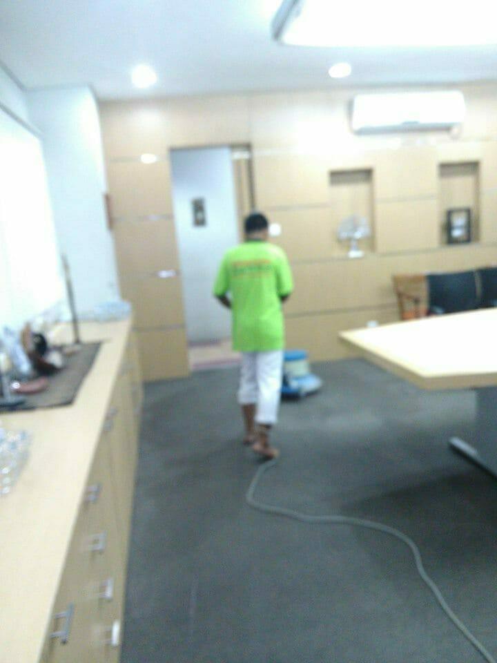 cuci-karpet-kantor_133