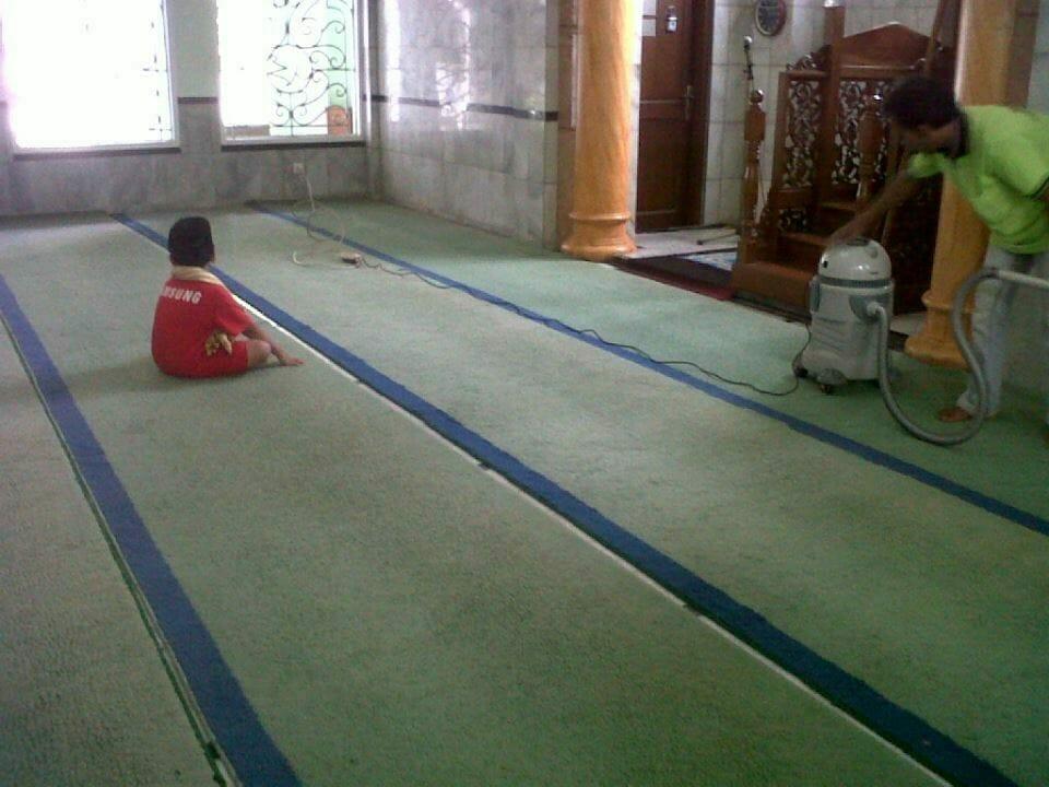 cuci-karpet-masjid-al-anshar-03
