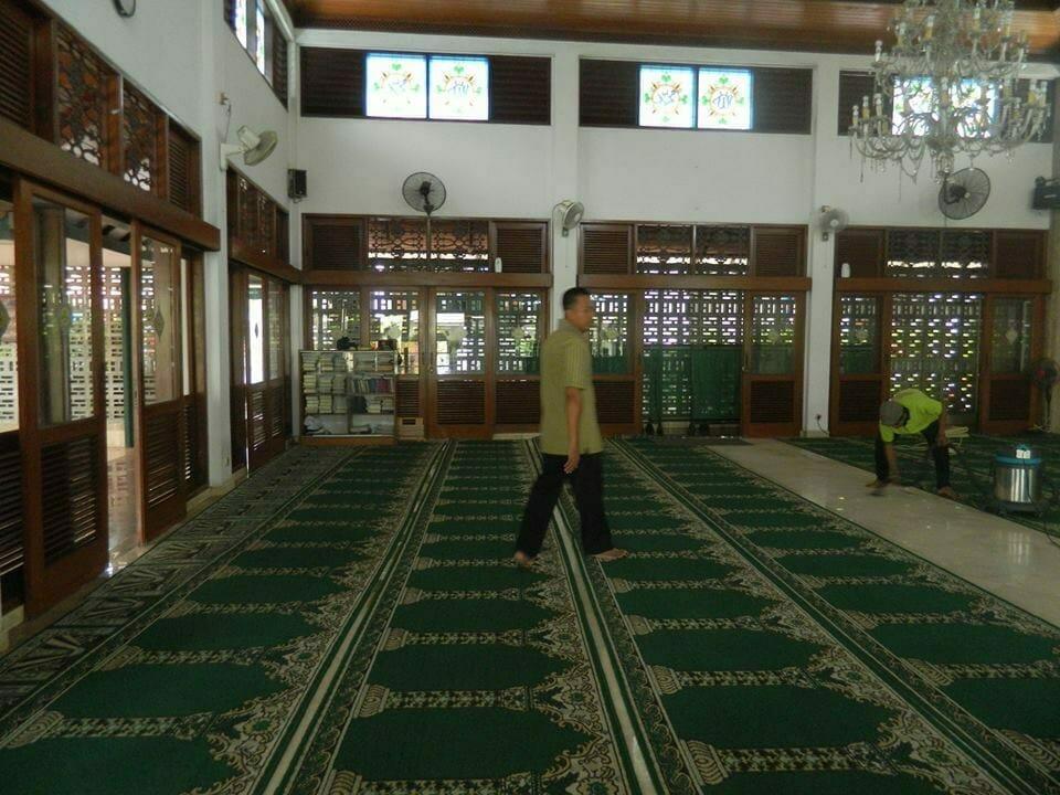 cuci-karpet-masjid-baitul-amaal-05