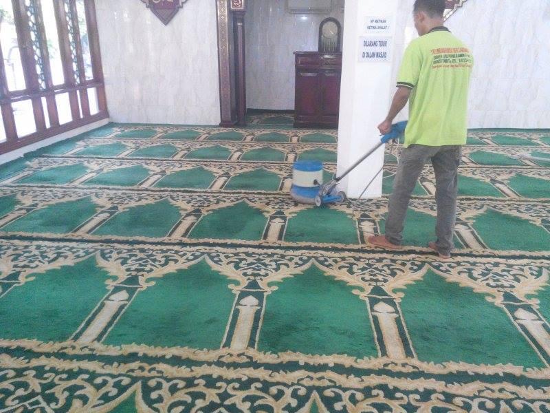Cuci karpet masjid Jami Al Huda | Jasa Cuci Karpet Masjid