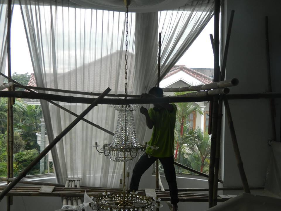 Cuci lampu kristal bapak Alex | Jasa Cuci Lampu Kristal