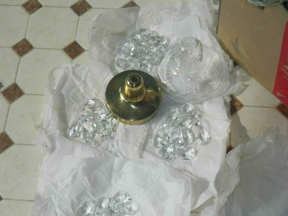 cuci-lampu-kristal-bapak-joko-04