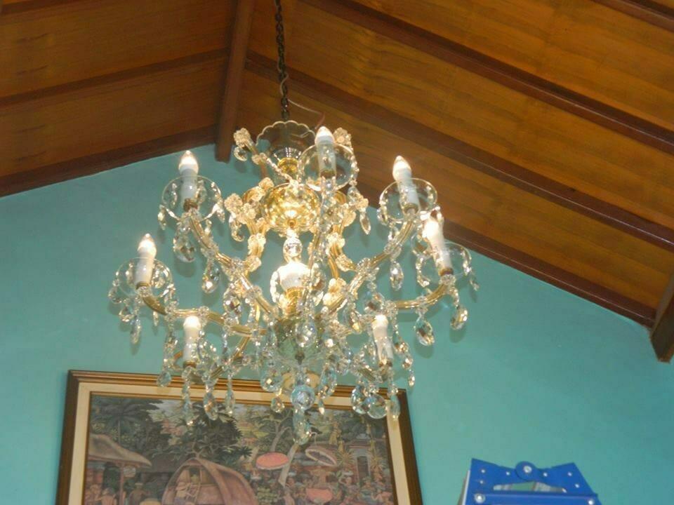 cuci-lampu-kristal-bapak-joko-26