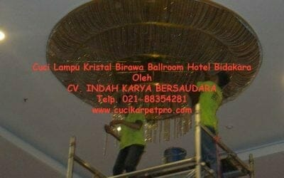 Cuci lampu kristal Birawa Ballroom | Jasa Cuci Lampu Kristal