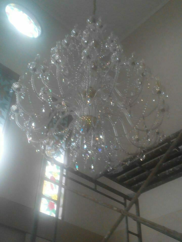 cuci-lampu-kristal-ibu-dewi-16