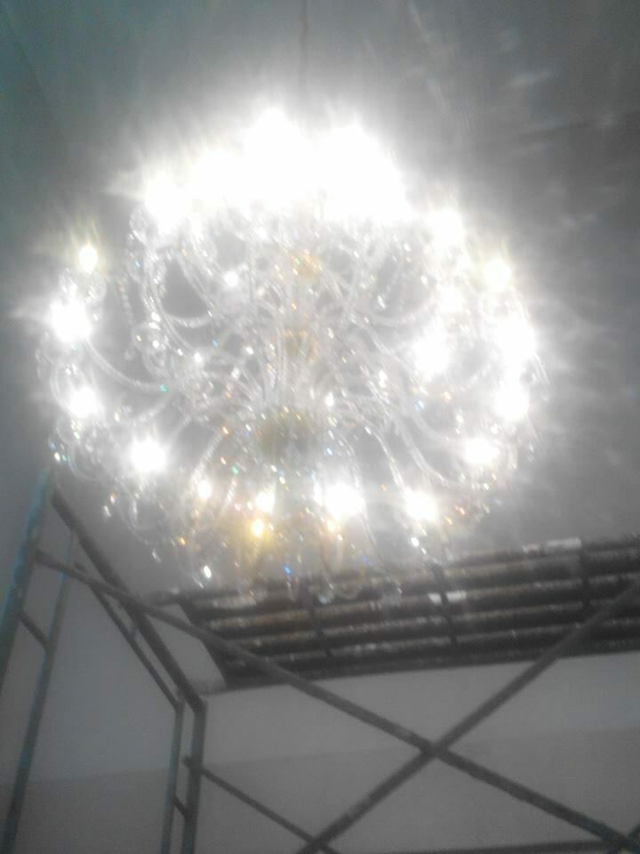 cuci-lampu-kristal-ibu-dewi-17