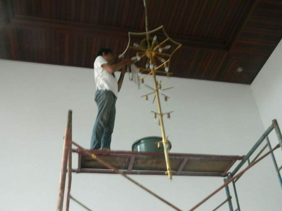 Cuci lampu kristal ibu Nani | Jasa Cuci Lampu Kristal