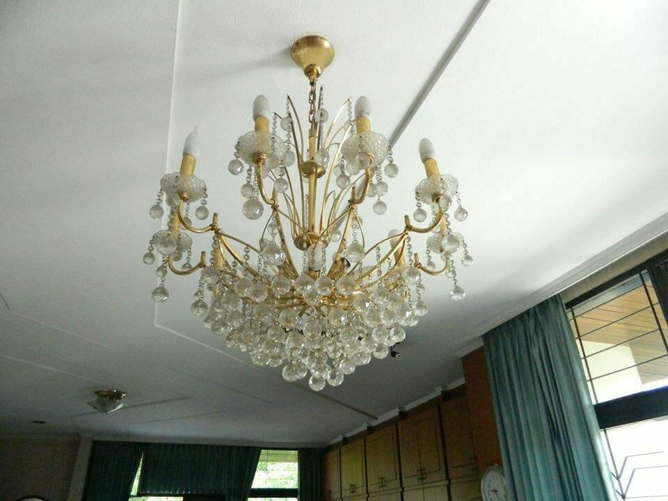 cuci lampu kristal ibu novi-15
