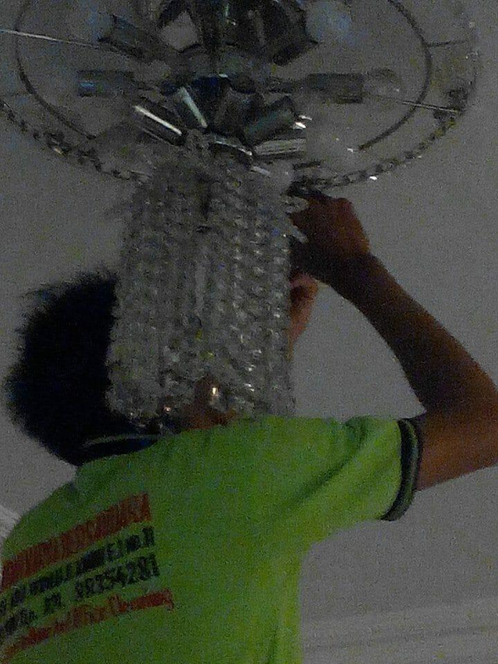 cuci lampu kristal ibu santi-14