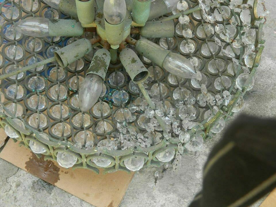 cuci-lampu-kristal-service-lampu-kristal-ibu-rika-04