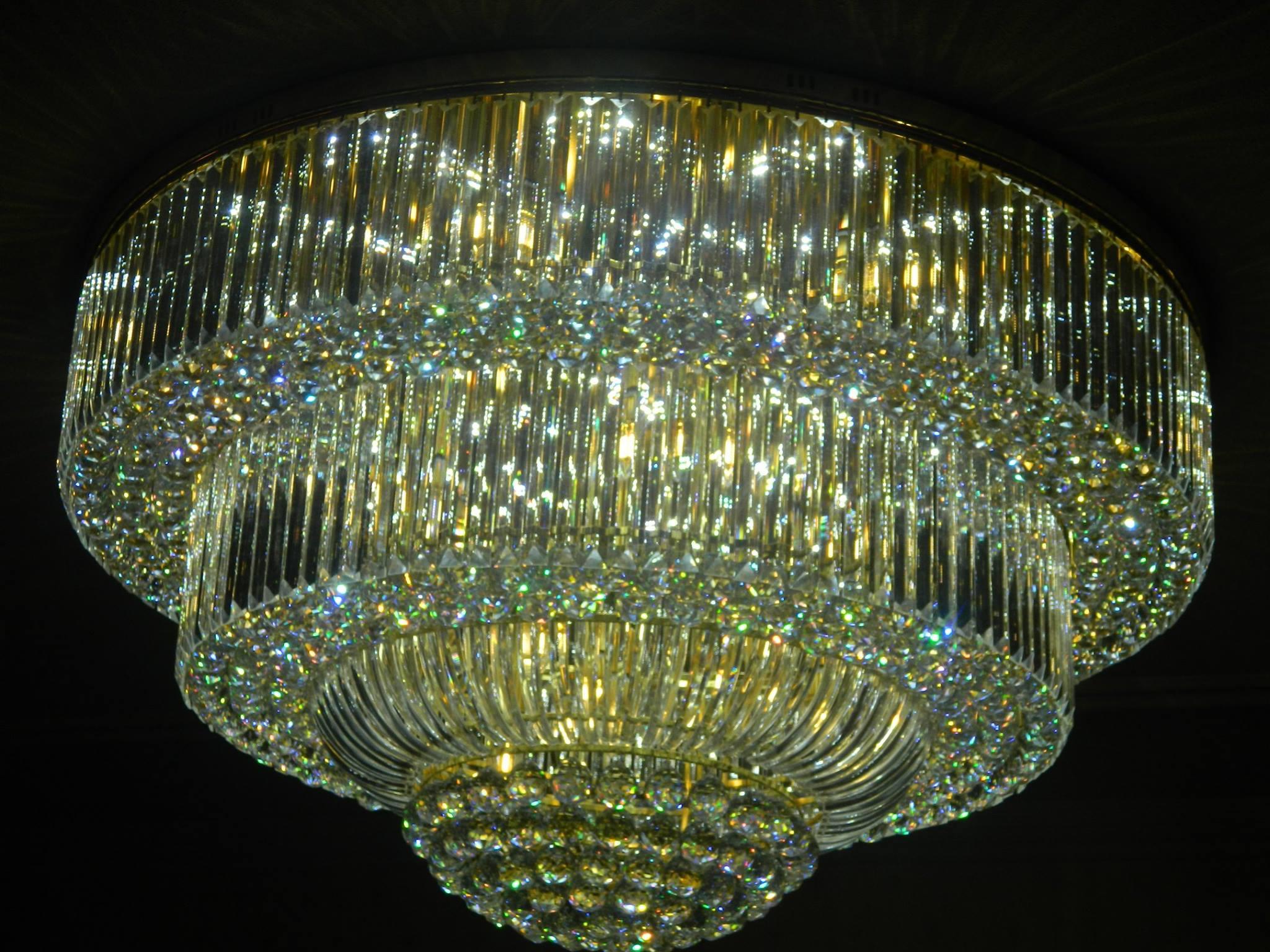 pasang-lampu-kristal-bapak-syam-13
