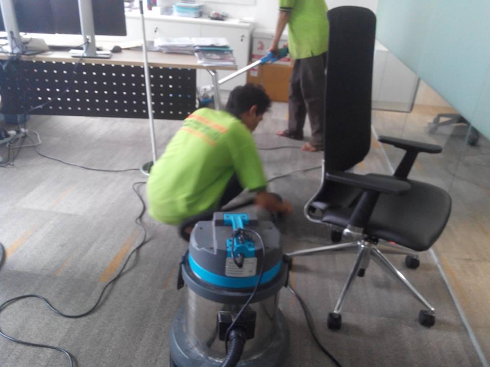 cuci-karpet-kantor-ocbc-sekuritas-06