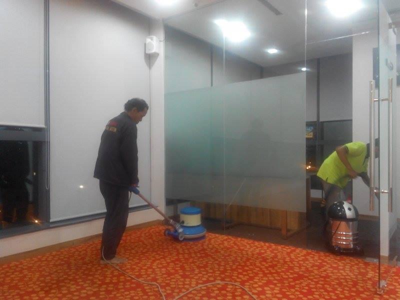 cuci-karpet-kantor-pt-inspiring-38