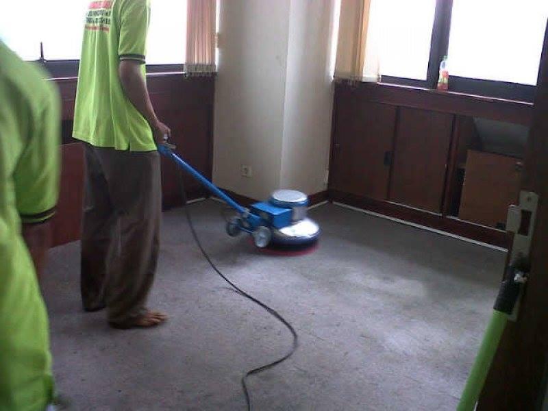 Cuci karpet kantor PT Konet Indonesia | Jasa cuci karpet